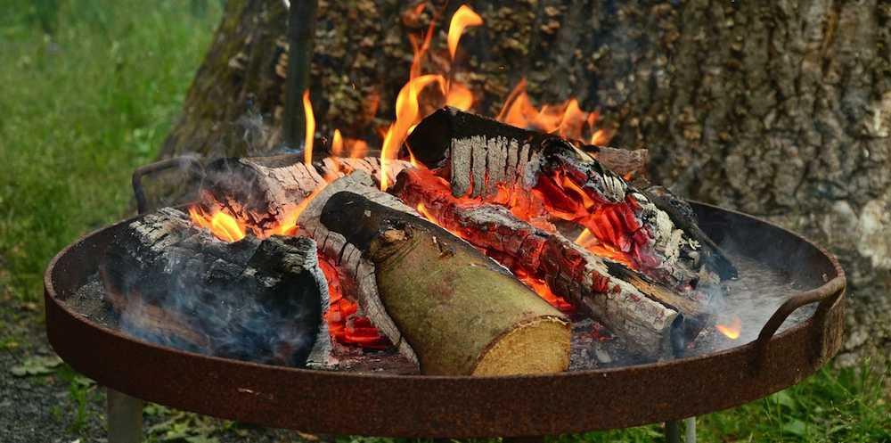 Feuerschale und Feuerkörbe - perfekt zum Grillen in Regensburg Gartenbau