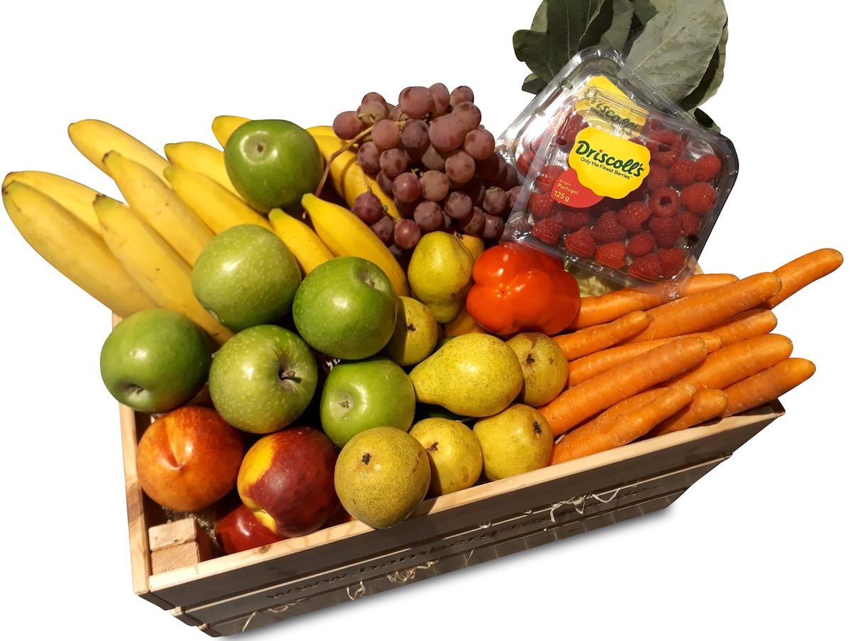 Karotten, Äpfel, Birnen, Himbeeren, Trauben in Bad Homburg vor der Höhe