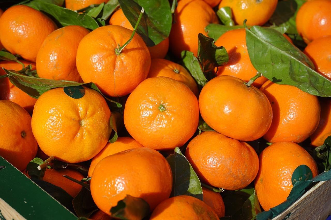 Clementinen sind besonders im Winter als Handobst beliebt in unseren <?PHP echo Duesseldorfer;?> Obstkörben