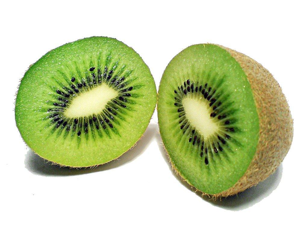Obstkorb und Kiwis