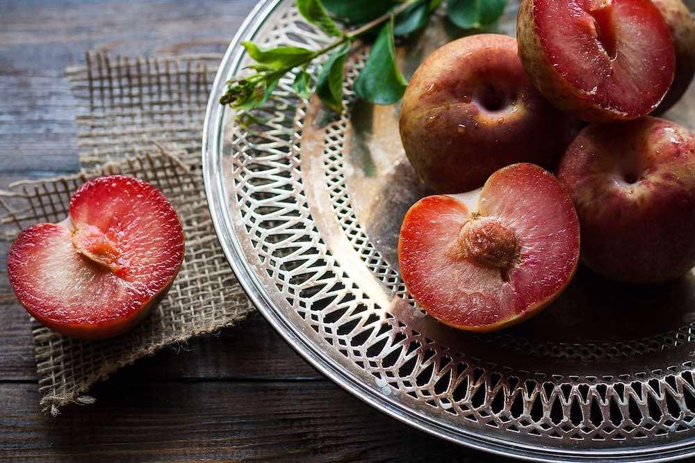 in der Obstkiste: gute Pflaumen sind exzellent